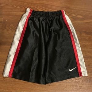Nike boys size 3T shorts great condition